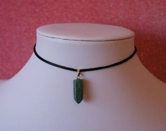 Necklace Choker Green Agate Pillar Crystal | Stone Pendant Charm Choker Necklace | Leather Or Satin Silk Cord | Bullet Shaped Quartz Pendant
