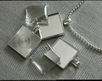 DIY pendant kits,  Lot of 10, square 21mm,  silver plated, great for photo jewelry. Includes base, glass and chain.