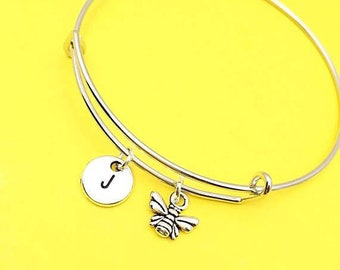 Bangle with bee charm,bee charm bracelet, Queen bee jewelry, bumble bee bracelet, custom bee jewelry, personalized,initial, honey bee,  gift