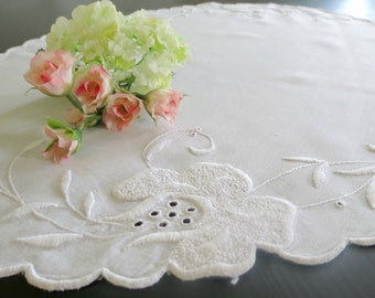 Embroidered Oval Doily, Table Runner, Dresser Scarf, White on White, 23 x 15, Centerpiece Doily, Vintage Linens by TheSweetBasil Shoppe
