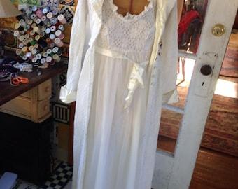 70's three piece white peignoir set
