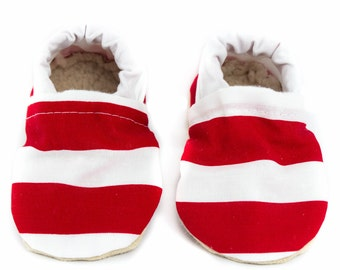 Red and White stripe baby shoes, baby moccs, moccasins, baby booties, crib shoes, summer baby, baby gift, baby shower gift