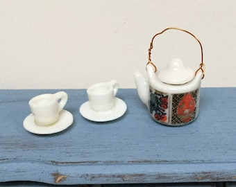 Miniature tea set, 1:12 Scale, Dollhouse miniature