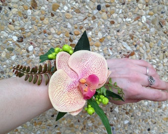 Orange bracelet with artificial phalaenopsis Orchid Finial