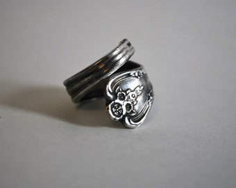 Spoon Ring - Size 8