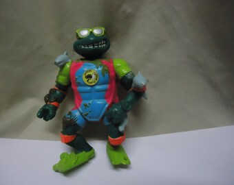 Vintage 1990 TMNT Teenage Mutant Ninja Turtles Sewer Surfin Mike Action Figure Toy by Mirage Studios, collectable