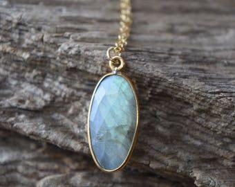 oval labradorite necklace | bohemian jewelry | gemstone necklace | gemstone jewelry | gift for her | bohemian jewelry | boho chic | gold