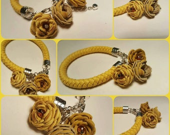 Yellow leather bracelet with leather flowers