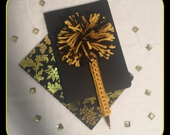 Gold and Black PomPom Pen Cover