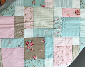 Cottage Style Table Runner Patchwork Quilted