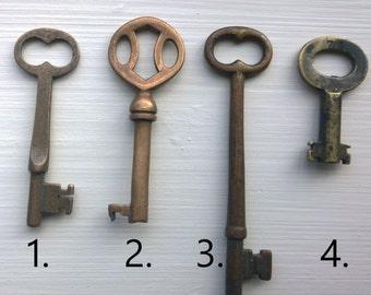 Brass Phonograph Skeleton Key Necklace