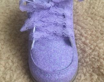 Fashionable baby walking shoes
