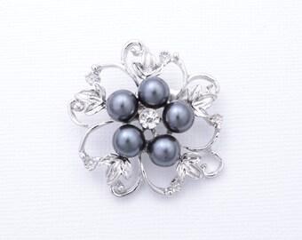 Grey Pearl Bridal Brooch Grey Brooch. Silver Grey Rhinestone Brooch. Wedding Accessories.