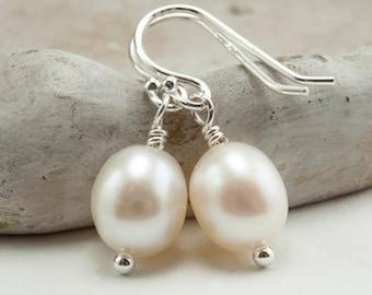 White Pearl Earrings Freshwater Pearl Earrings Simple Drop Earrings Sterling Silver Wedding Jewelry. White Pearls June Birthstone Earrings