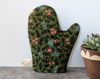 Green and Black Floral Rifle Paper Co Oven Mitt
