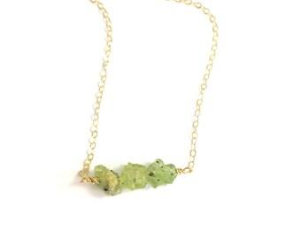 August Birthstone Necklace, Dainty Peridot Necklace, Raw Crystal Necklace, Gemstone Necklace, Peridot Jewelry, August Birthday Gift