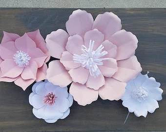 Paper Flowers- 14 flowers in any color or style.