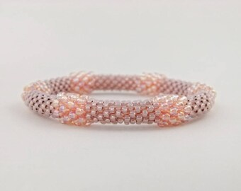 Bead Crochet Bangle - Blush Bead Bauble Bangle in Peachy Pink Seed Beads - Item 1608