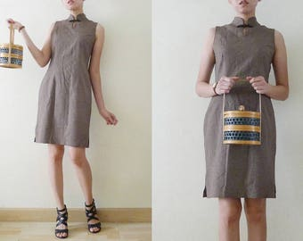 80s Brown and tiny white stripes Cheongsam / QiPao Chinese sleeveless mini dress, mandarin collar,oriental,Asian,exotic,grunge, classic, S-M