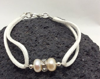 white fresh water cultured pearl and Swarovski rhinestone crystal bracelet