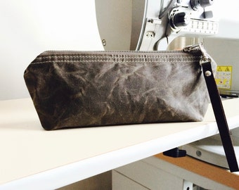 Waxed canvas pouch - waxed canvas bag, zipper pouch,khaki green travel pouch,christmas gift pouch, pencil case