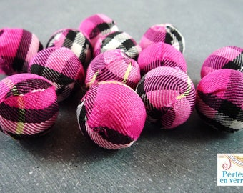 5 large fabric beads Scottish fuchsia, 21mm (pt16)