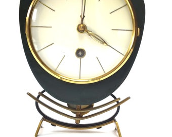 Mid-century Green Metal Mechanique Table Clock, Orfac Clock, 1950s Mantel Clock, 1960s Mantel Clock, Pendule, Pendulum