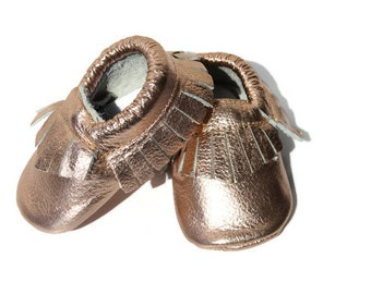 baby moccasins, rose gold, baby shoes 0-6, crib shoes, newborn shoes, baby booties, soft sole shoes, newborn baby gift, baby girl, baby gift