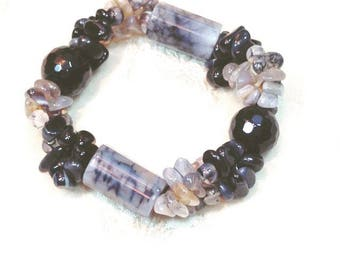 Agate Stretch Bracelet, Handmade Jewelry By NorthCoastCottage Jewelry Design & Vintage Treasures