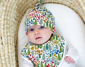 Woodland dribble bib. Newborn, baby gift, baby boy, baby girl, gender neutral, floral, flowers, cotton bib.