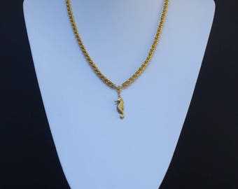 Gold chainmaille necklace and bracelet