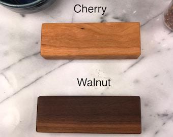 Wood Type / Cherry versus Walnut