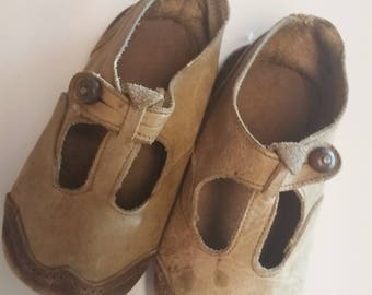 Vintage Leather Child's  Soft Sole Shoe