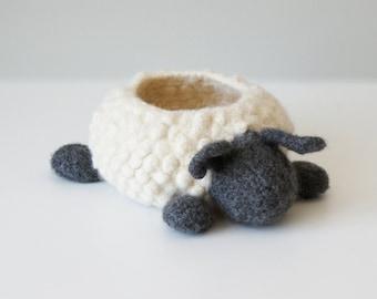 "DIY Knitting PATTERN - Knit Wool Felted Sheep Bowl (approx. 6"" diameter) (bowls003)"