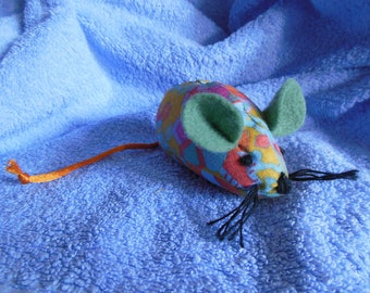 Mouse fabric, natural catnip filled cat toy.