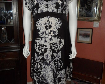 Plus Size Viscose Butterfly Print Dress One-Off Size UK 18/20