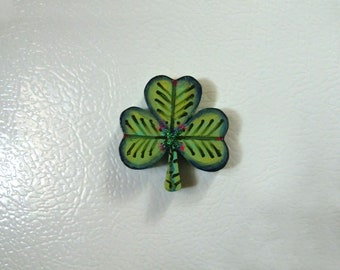 Good luck magnet, Three leaf clover, Green clover, Hand painted magnet, Unique gift, Handmade magnet, Irish gift, Good luck gift,