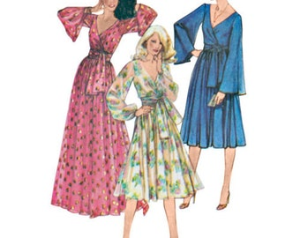Simplicity Sewing PATTERN 8013 - 1970s Vintage Wrap Dress