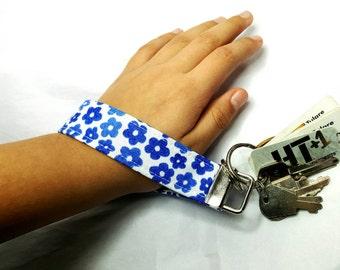 Blue flowers key fob wristlet keychain