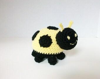 Amigurumi Ladybug, Yellow Plush Toy LadyBug, Ladybird Stuffed Animal, Amigurumi Animal, Yellow Crochet Ladybug, Baby Gift, Gift for Kids