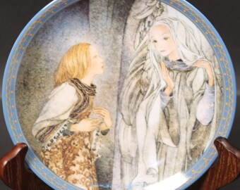 Bradford Exchange Plate by the Artisit Sulamith Wulfing.  'The Vision'. (CGP-8013)