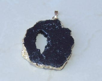 Jet Black Druzy Pendant - Agate Druzy Pendant - Geode Pendant - Geode Slice - Gold Plated Edge - 43mm x 49mm - 8956