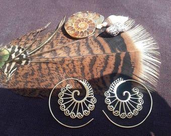 Spiral brass earrings, gypsy earrings, boho earrings, tribal earrings, bohemian earrings, psy earrings, ethnic earrings