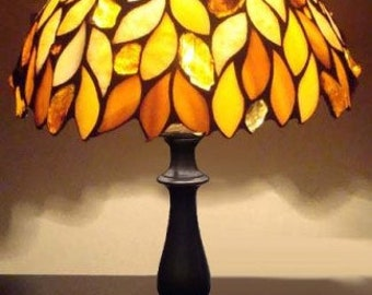 Tiffany Lampe 8u0027u0027, Schreibtischlampe, Glas Lampe, Bernstein,  Glasmalerei Lampe