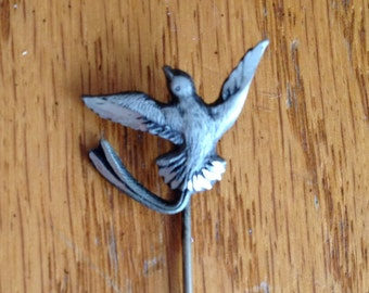 Vintage Highly Detailed Bird Pin Brooch