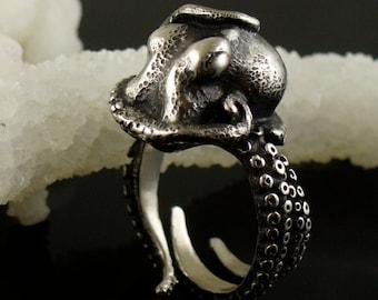 SALE - Kraken Ring, Octopus Ring, Tentacle Ring, Cthuhlu, Tentacle Jewelry, Octopus Jewelry, Engagement Ring, Wedding band, OctopusME