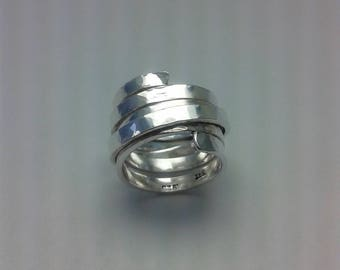 Large sterling silver split ribbon ring.