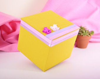 box/cardboard box lined with fabric