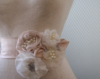 Bridal sash, wedding sash, bridal belt, wedding belt, flower sash, bridal accessories, wedding accessories, wedding dress sash, flower sash