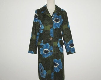 Vintage 1960s Floral Coat / 60s Olive Green Floral Coat With Large Blue Flowers By Stewart's - Size  M, L